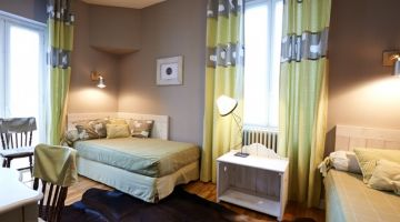 2-4 PERSON SUITE - 2 SEPARATE BEDROOMS (FROM € 120)